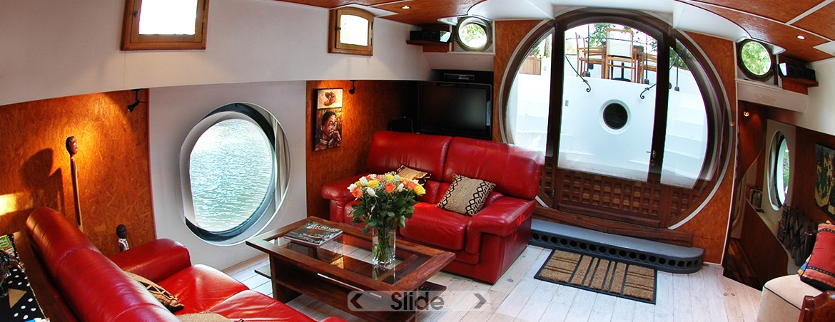 The barge's very comfortable salon