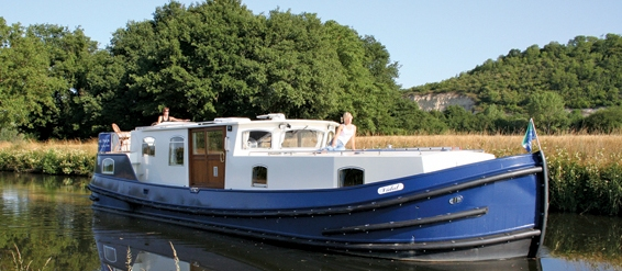 Barging holidays France