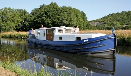 Beautiful barges for hire